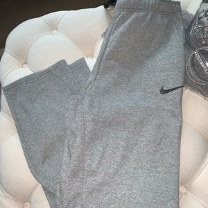 👽 Nike men's sweatpants 👽